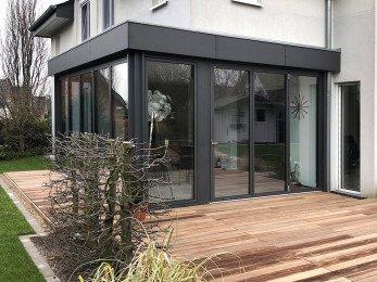 Glasfaltwand Solarlux Referenz Sieker Rolladen
